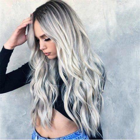 Cheveux colores en gris