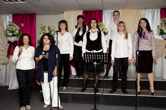 Worshipping with some sisters in Christ in Ukraine (WT mission trip 2012).