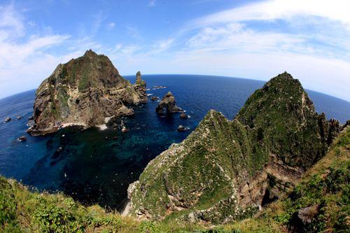 Toàn cảnh hòn đảo Dokdo xinh đẹp của Hàn Quốc