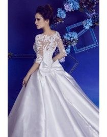 Traditional jewel neckline half sleeves pearls beaded lace chapel train A-Line wedding dresses 2017 HB-620