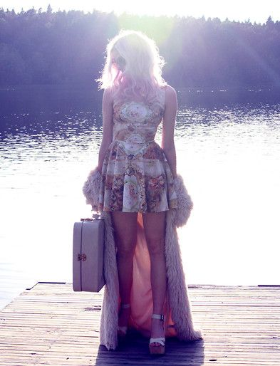 Get this look: http://lb.nu/look/7644310  More looks by Sotzie Q: http://lb.nu/sotzie  Items in this look:  Mr. Gugu & Miss Go Baroque Circle Dress   #bohemian #chic #romantic