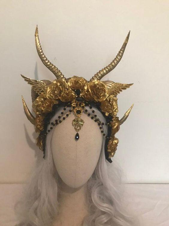 Mini Dragon or Demon Horns