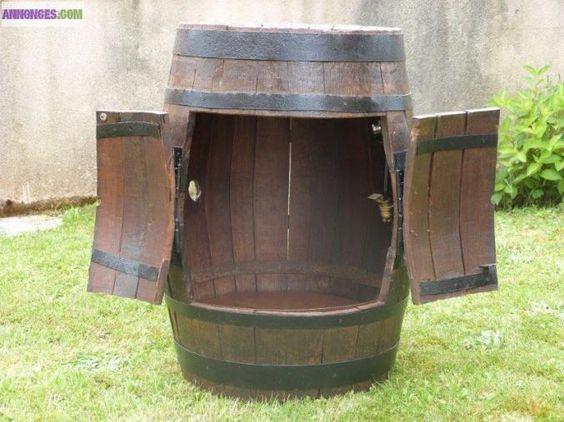 Tonneau bar bois avec portes excellent tat recyclage for Poncer porte bois