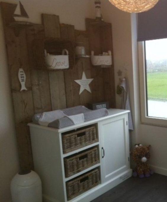 steigerhouten achterwand babykamer | ideeën voor het huis, Deco ideeën