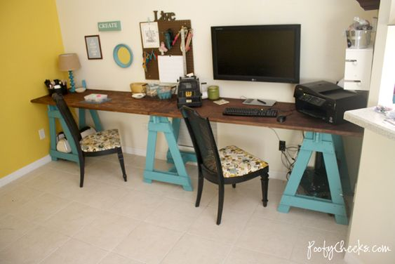 Sawhorse Craft Desk by Poofy Cheeks awesome!!