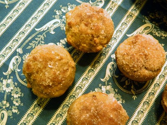 Cinnamon Sugar Muffinettes 2 PP per muffin Made with @Chobani