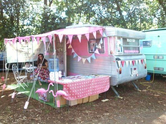 caravane et auvent deco caravane pinterest camping cars la grande et caravanes vintage. Black Bedroom Furniture Sets. Home Design Ideas