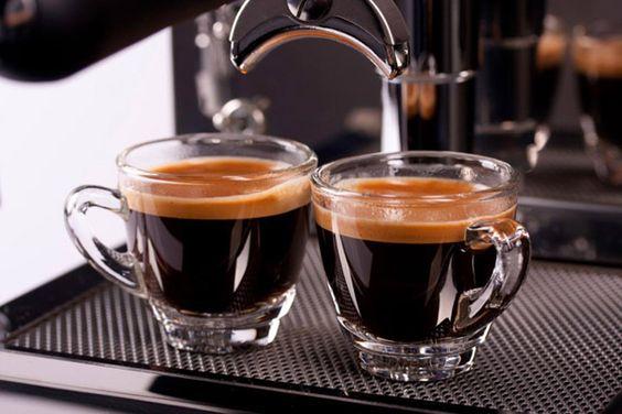 Espresso Coffee là gì? Cách pha Espresso Coffee bằng máy
