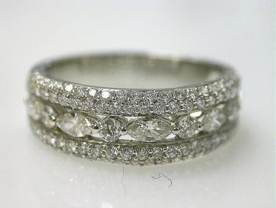Beautiful vintage diamond band. Would love this for my right hand