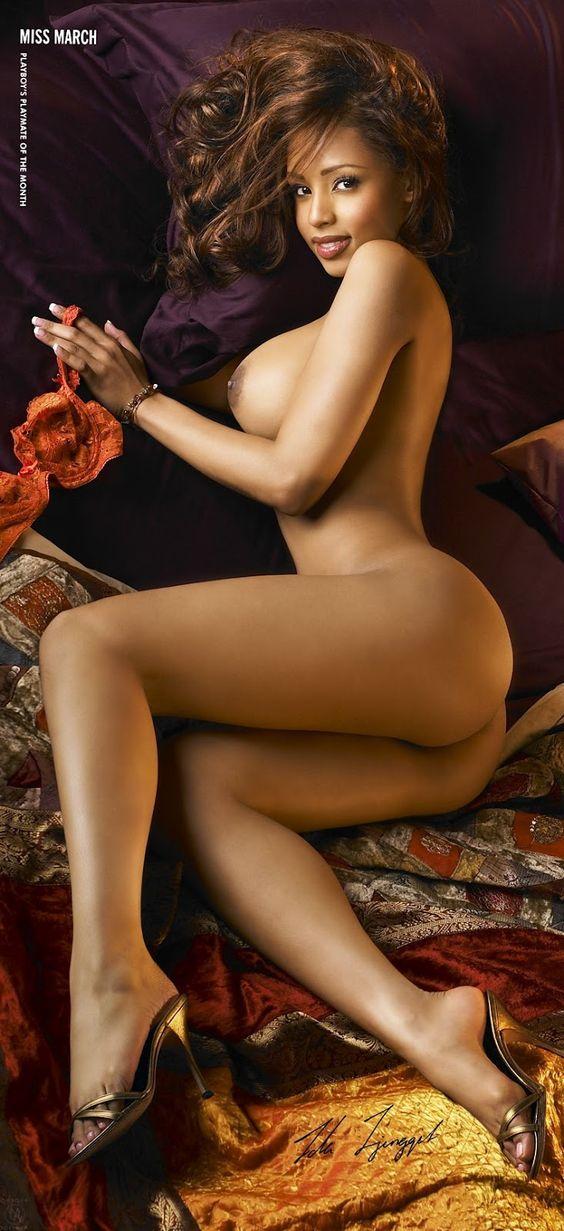skinny women naked ass