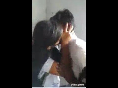 School Boy And Girl Kissing Hot Sax Simple Beauty School Boy