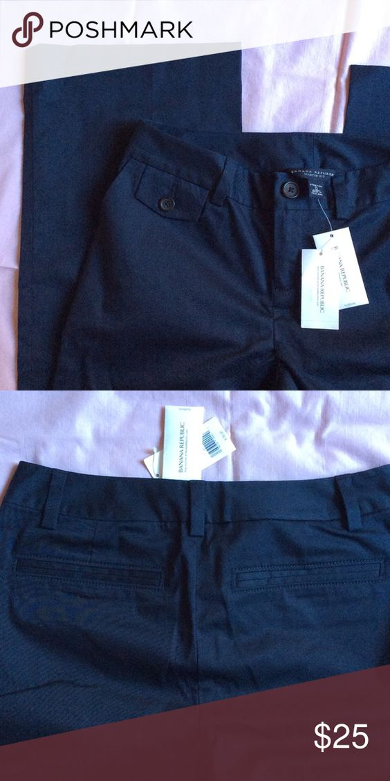"""Banana Republic Navy Blue Martin Fit Slacks Work Excellent condition. New. Smoke free home. Made in Thailand. Label says stretch. 93% cotton 7% spandex. They removed before wearing label is still attached. Professional business attire. Matte fabric, crisp and clean. Measurements laying flat: waist: 13.5"""". Front rise 8"""", inseam 33"""". Suit back pockets. Tortuous shell buttons. Working gal. Banana Republic Pants Straight Leg"""