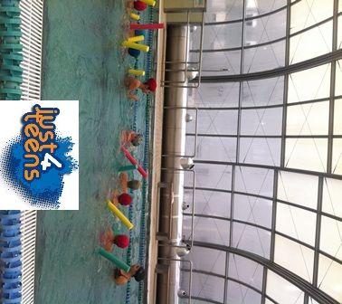 #festas #piscina Que divertida uma festa de aniversário na piscina!