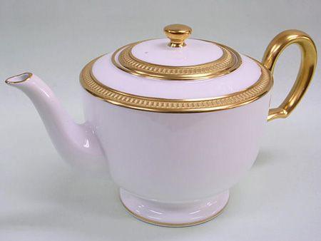Okura Sueen Crown Teapot