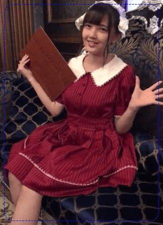 赤いお洋服の鬼頭明里
