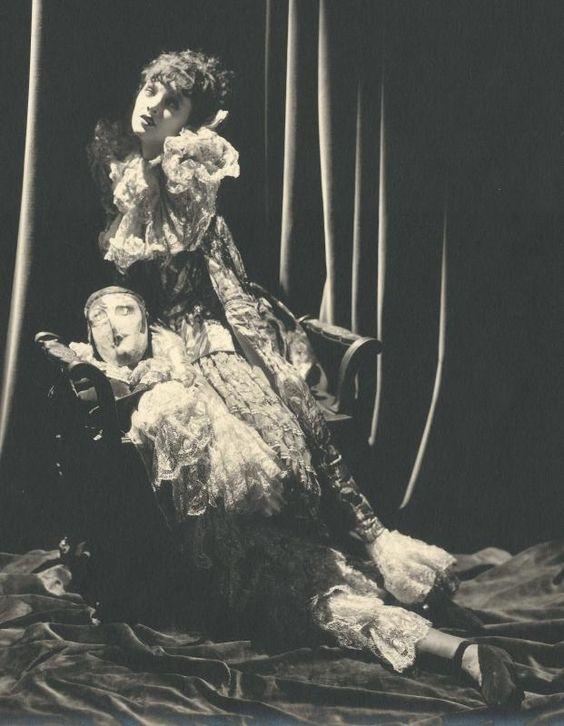 Myrna Loy ,Unknown photographer , silver gelatin Print