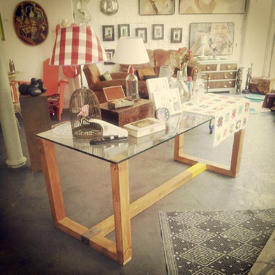 Mesa made in Wabi Sabi. #cristal + #madera + #metal. Estamos más que contentos con nuestra nueva creación. #table #handmade #wooden #decoracion #design #muebles http://wabisabigallery.com