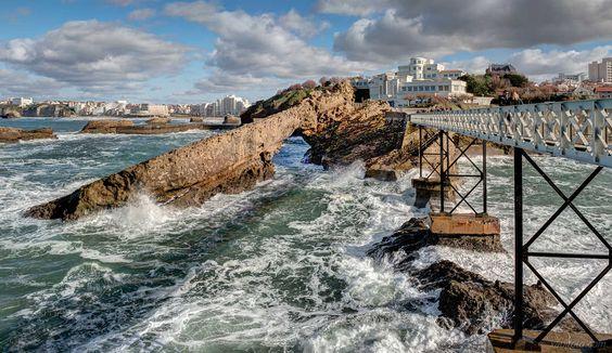 BTZ de xabifoto est la Photo du Jour! Une p'tite vue de Biarritz après la tempête fotoloco.fr: Cours Photo gratuits et Concours Photos.  Une communaute de 22,000 passionnes! #Biarritz #nature #paysage #paysages #instapaysage #beaupaysage #NatureetPaysage #Nikon2470 #Nikon2470mm #NIKOND750 #NIKON #fotoloco #fotoloco_fr #concoursphoto #coursphoto #photographe #photodujour #francais #inspirationdujour #photographie http://fotoloco.fr/photo-detail/?id=82594