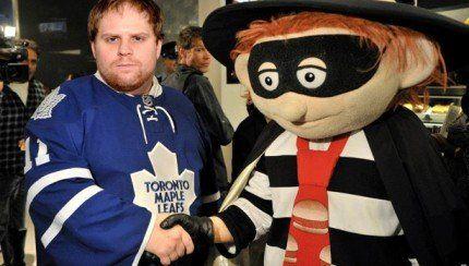 Les Maple Leafs trichent-ils avec l'approbation de la LNH? http://www.danslaction.com/fr/les-maple-leafs-trichent-ils-avec-lapprobation-de-la-lnh/
