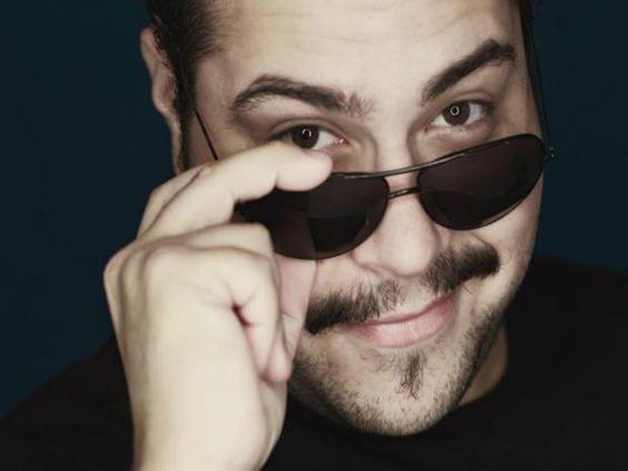 O Shopping Interlagos recebe apresentação musical do cantor e ator Tiago Abravanel, que canta grandes sucessos da música brasileira. O show acontece no dia 16 de junho, às 18 horas, com entrada Catraca Livre.