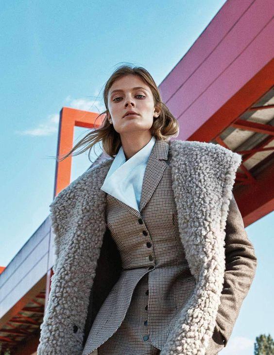 Photography: Van Mossevelde + N. Styled by: Jeanne Le Bault. Hair: Olivier De Vriendt. Makeup: Helene Vasnier. Model: Constance Jablonski.