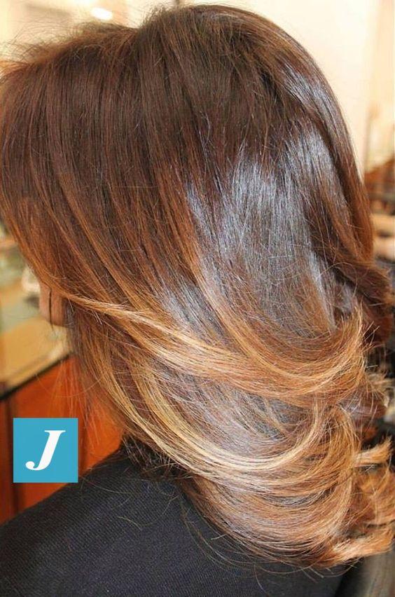 Degradé Joelle nelle nuances nocciola e caramello. Nougat and caramel Shades Degradé Joelle. #cdj #degradejoelle #tagliopuntearia #degradé #igers #musthave #hair #hairstyle #haircolour #haircut #longhair #ootd #hairfashion