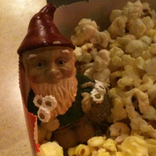 Squatzee going to see gnomeo and Juliet