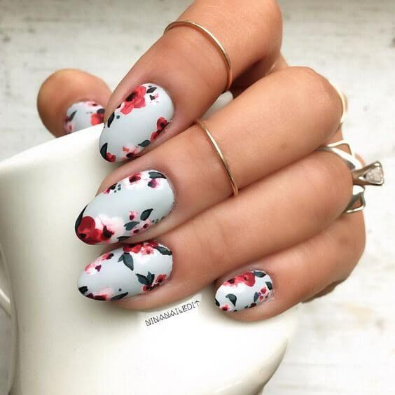 27 Pretty Flower Nail Inspirations