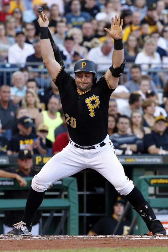 Morton stays perfect, Pirates shut out White Sox again 3-0