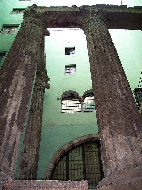 Columnes romanes a Barcelona  Sede del CEC.