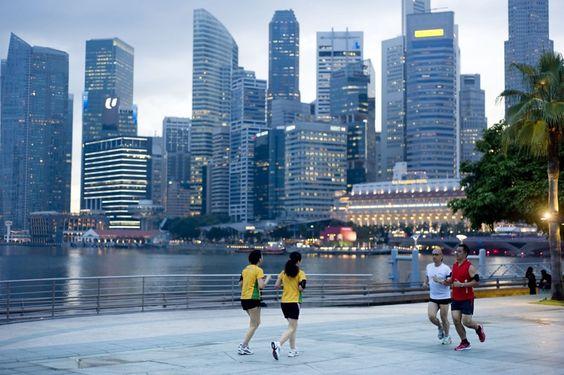 Người dân Singapore được đánh giá đi bộ nhanh nhất thế giới