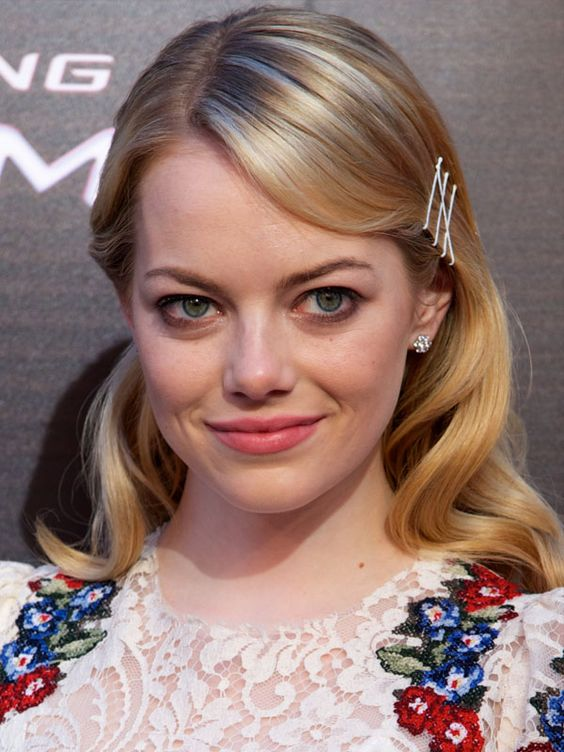 Emma Stone at the Madrid premiere of The Amazing Spider-Man: http://beautyeditor.ca/2012/06/22/how-amazing-does-emma-stone-look-on-her-amazing-spider-man-tour-lets-count-the-ways-and-steal-some-ideas/
