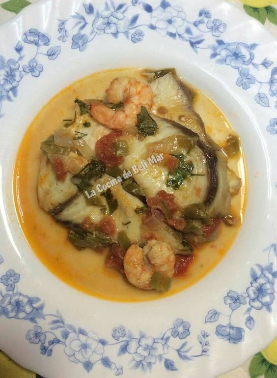 La Cocina de Beli Mar: FILETES DE PEZ ESPADA CON LANGOSTINOS AL HORNO