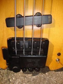 Hammer Hohner Bass Headless DropD Tuner Bridge Steinberger aktiv in Wuppertal - Elberfeld | Musikinstrumente und Zubehör gebraucht kaufen | eBay Kleinanzeigen
