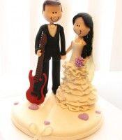 Topo de bolo Noivinho com guitarra