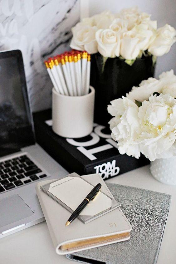 Black & White Office: