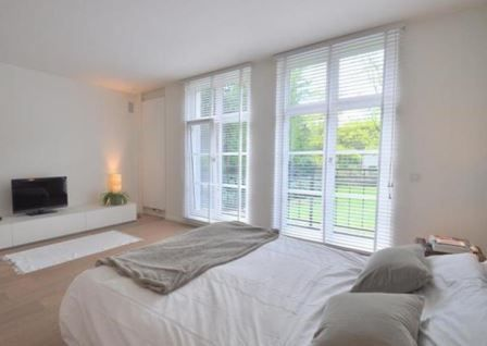 ramen binnenzijde slaapkamer  Houten ramen : Stuyts realisatie ...