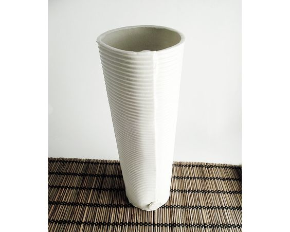 White Vase Duct Porcelain Paperclay   Porcelain by lofficina, €45.00