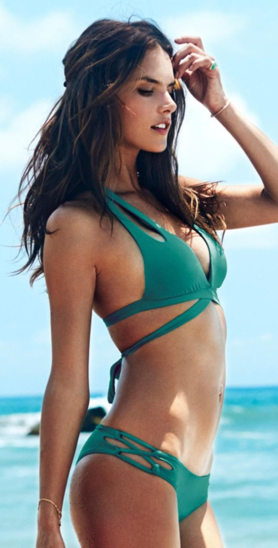 how to wear a swimsuit wrap
