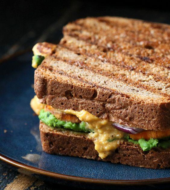 Aloo Mattar Sandwich