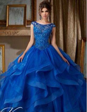 Imagenes de vestidos de xv azul rey