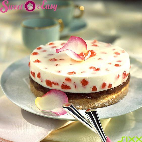 Schlichter #Kaesekuchen mit #Rosenmarmelade verfeinert