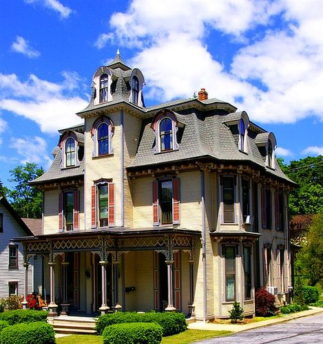 Pinterest the world s catalog of ideas for Italianate homes for sale