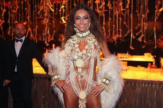 Sabrina Sato em festa em São Paulo: