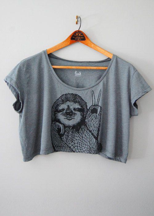 Peace Out Sloth - Faultier Tshirt - 5 % für Wildlife - von Simka Sol gespendet