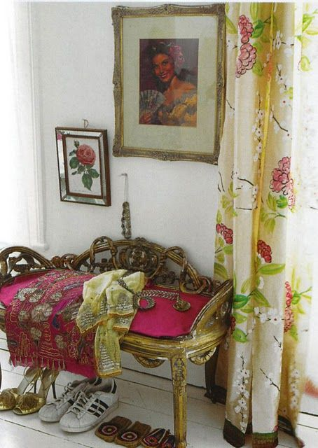London home of Liza Giles, senior stylist for Tricia Guild of Designers Guild: