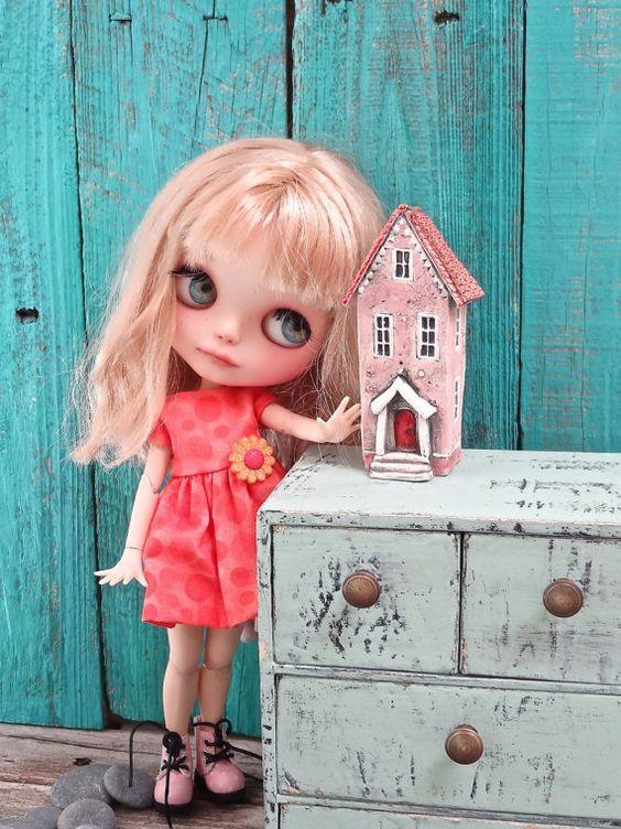Porcelain dollhouse for Blythe doll size - sculpture OOAK- RESERVED
