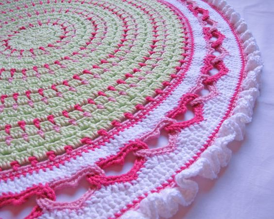 CROCHET PATTERN  Baby Love  a round baby blanket by TheHatandI