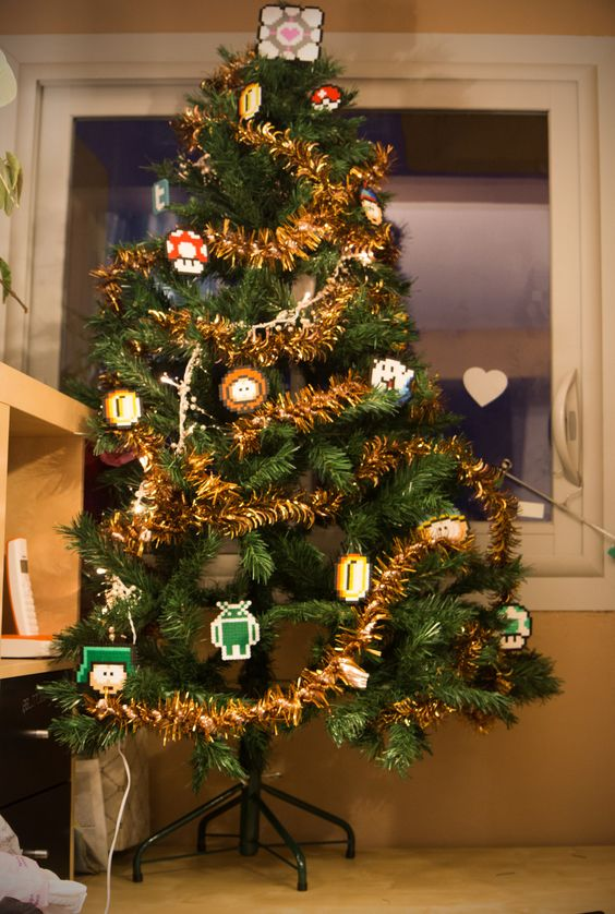 geek Christmas tree