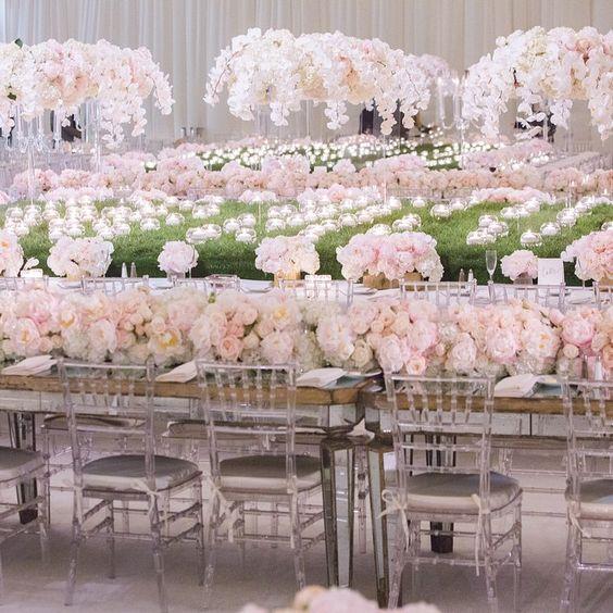 A sea of love | Event Design by Sunny Ravanbach, White Lilac, Inc. #whitelilacinc